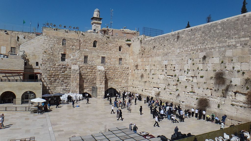 Feminists: When It Comes To The Western Wall, Leave That Old
